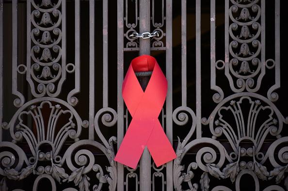 (Македонски) Како до успешна контрола на ХИВ-епидемијата во Македонија?